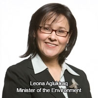 Minister Leona Aglukkaq